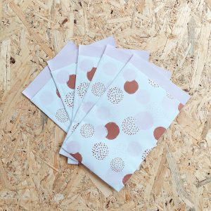 papieren zakje pink 12x19cm